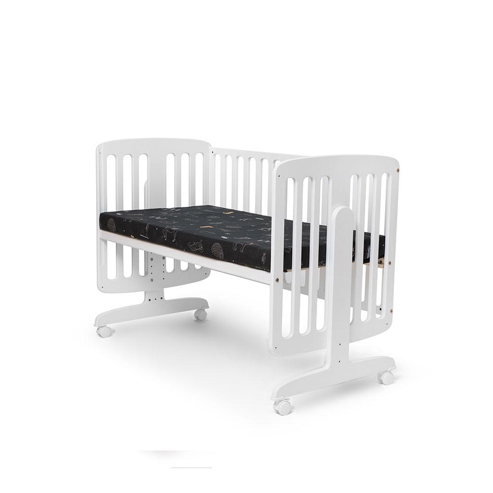 מיטת תינוק מתחברת
